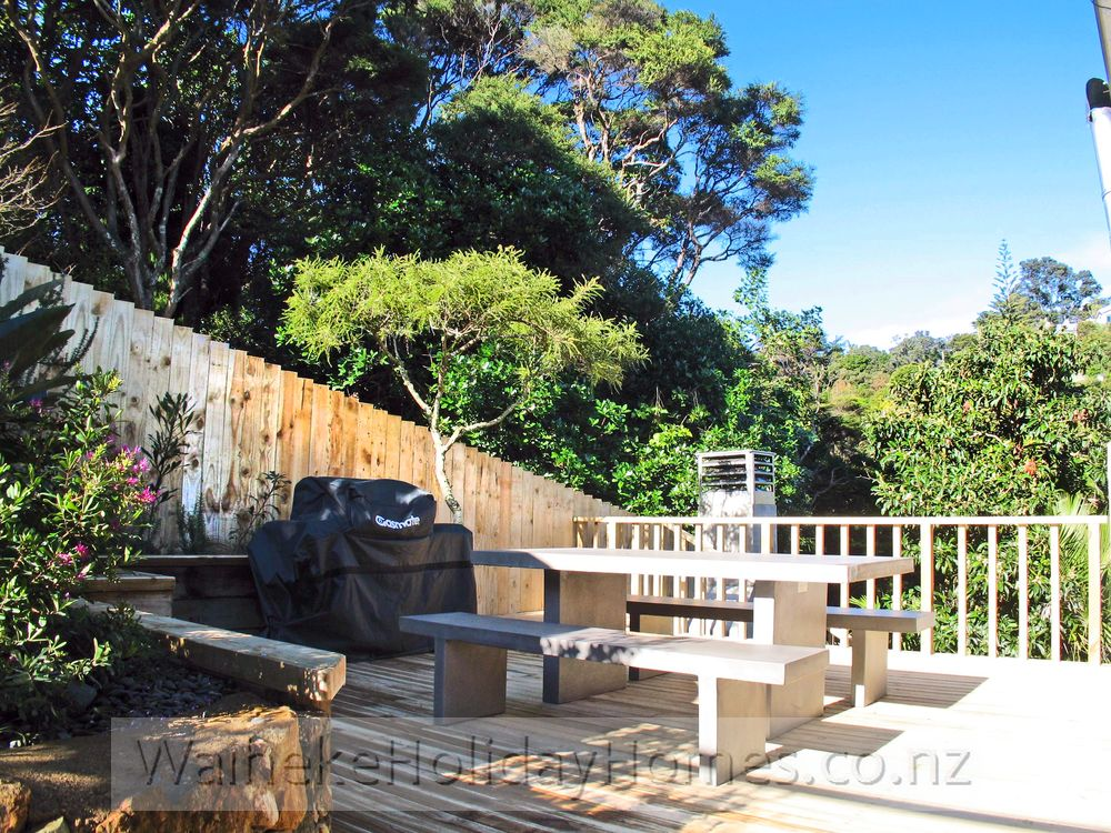 Waiheke Holiday Homes Palm Beach